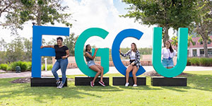 Photo of giant FGCU letters on lawn